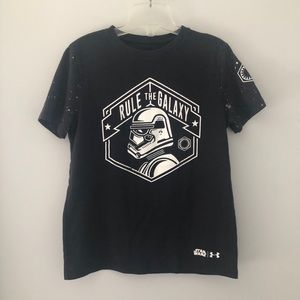 3x$25🌷Under Armour Star Wars Graphic Tees Boys-M